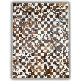 Tapis sans bord patchwork en peau de vache Normande Pampelune