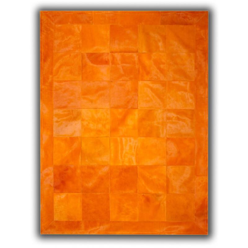 tapis en peau de vache orange fa on patchwork albacete. Black Bedroom Furniture Sets. Home Design Ideas