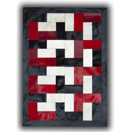 Tapis noir blanc et rouge sur peau de vache patchwork ceuta - Tapis peau de vache pas cher ...