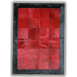 Tapis rouge avec bord noir sur peau de vache naturelle Sagonte