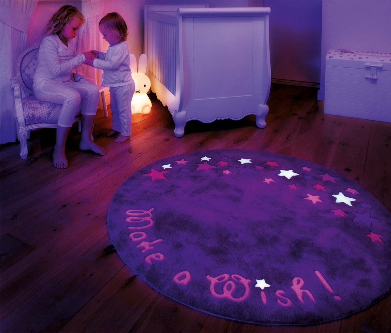 Tapis fluorescent rond violet Glowy Arte Espina