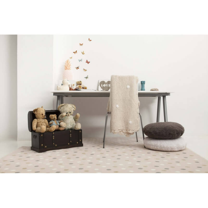 tapis rose pour chambre d 39 enfant multi dots lorena canals. Black Bedroom Furniture Sets. Home Design Ideas