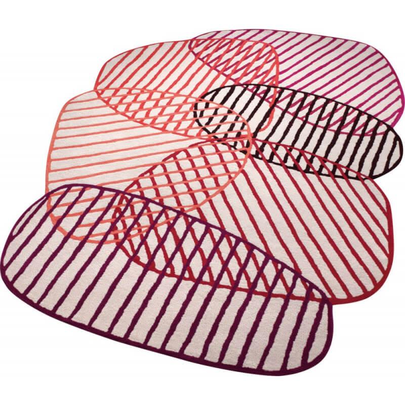 Tapis design rouge pour salon graphic jungle esprit home for Tapis salon graphique