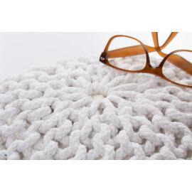 Pouf tricot en coton fait main crème Ulysse