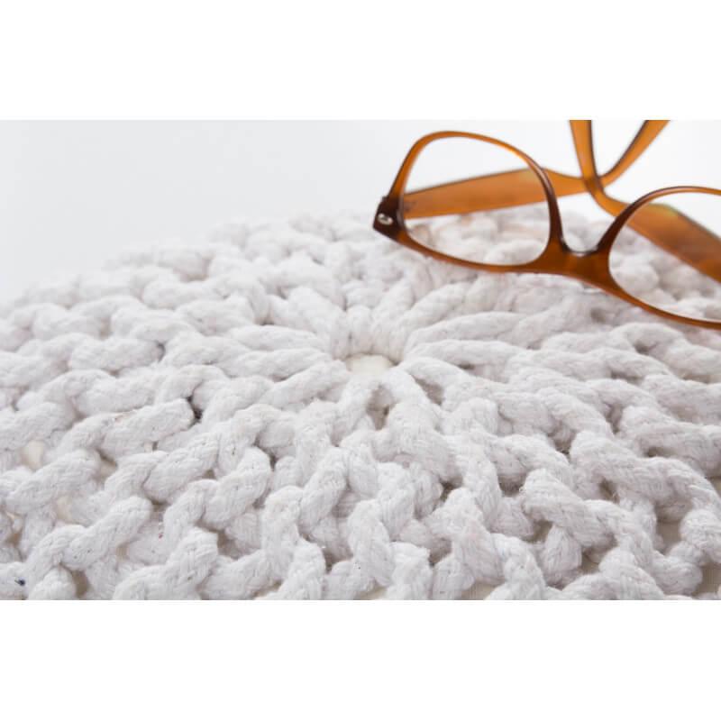 pouf maille pouf en grosses mailles de laine zilalila. Black Bedroom Furniture Sets. Home Design Ideas