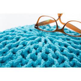 Pouf tricot en coton fait main turquoise Ulysse