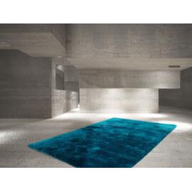 Tapis bleu pétrole en polyester moelleux Calypso