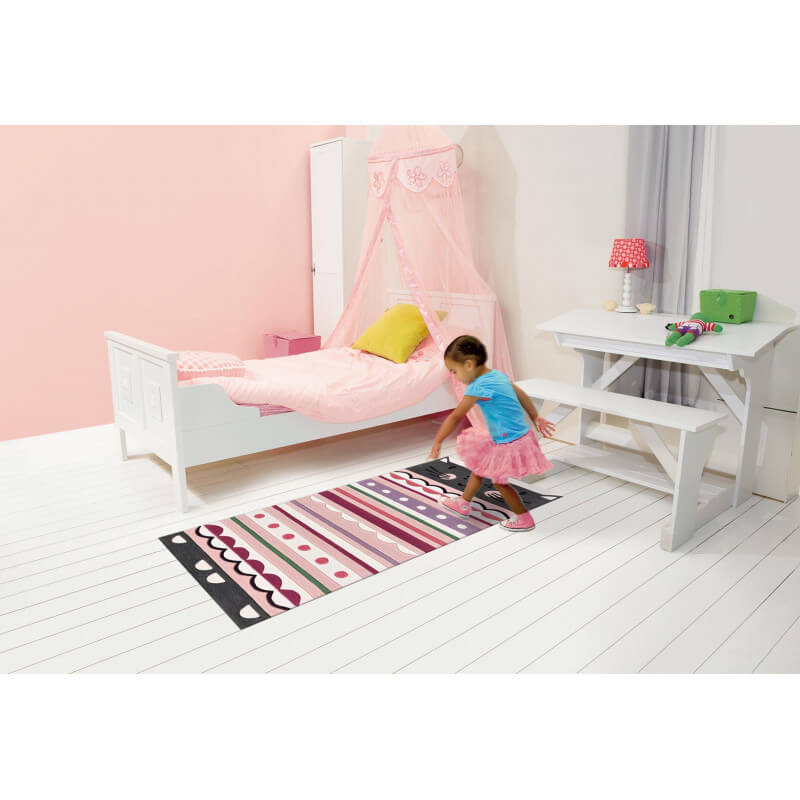 descente de lit pour chambre de fille moustache kids arte espina. Black Bedroom Furniture Sets. Home Design Ideas