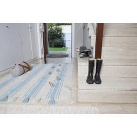 Tapis en coton naturel beige/bleu avec pompons Stripes Lorena Canals