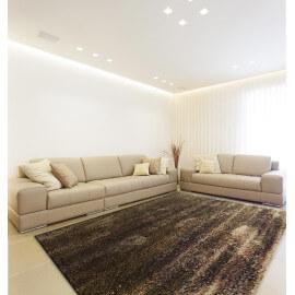 Tapis shaggy en polyester doux taupe pour intérieur Tribar