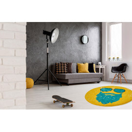 tapis jaune faites entrer le soleil avec un tapis color. Black Bedroom Furniture Sets. Home Design Ideas