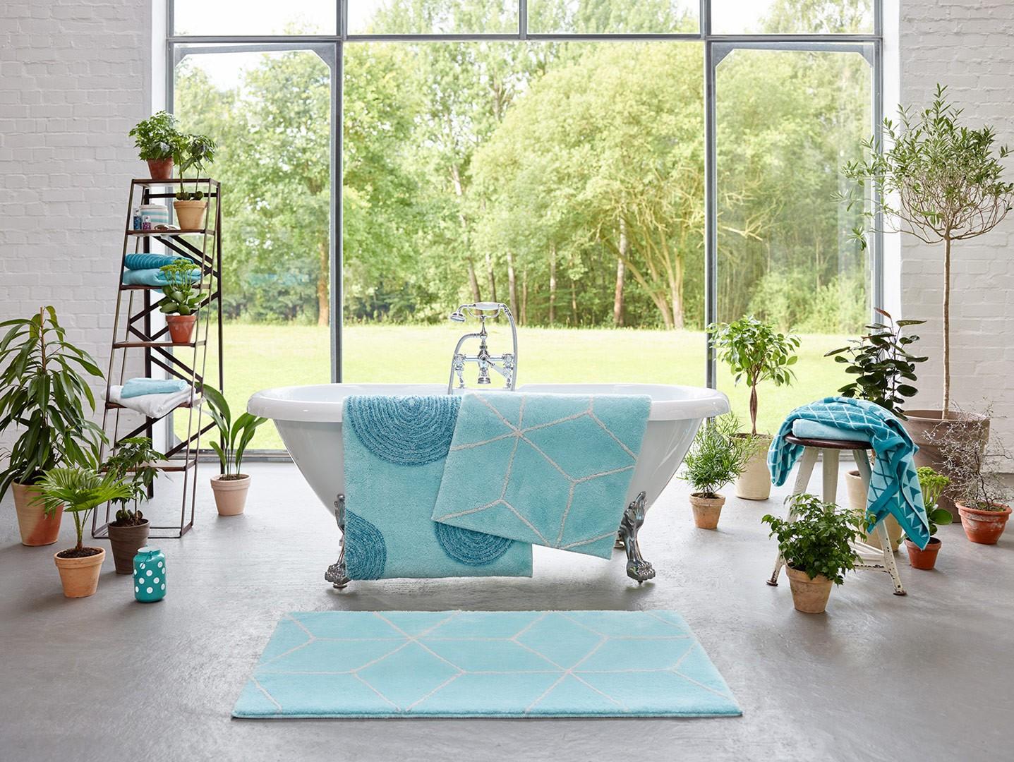 tapis pour salle de bain turquoise en acrylique yoga. Black Bedroom Furniture Sets. Home Design Ideas