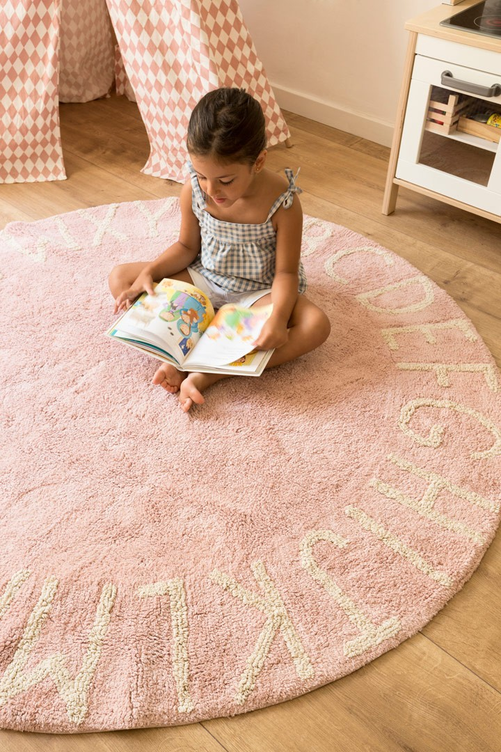 tapis rond enfant rose lavable en machine round abc lorena. Black Bedroom Furniture Sets. Home Design Ideas