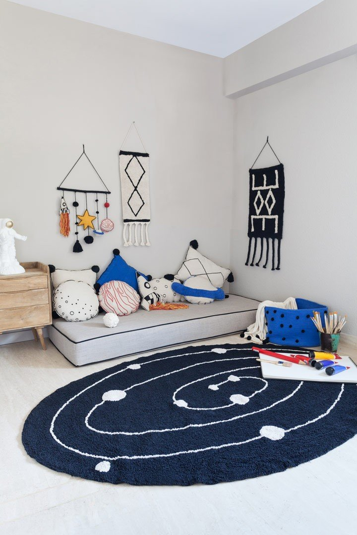 tapis enfant noir et blanc lavable en machine milky way lorena canals. Black Bedroom Furniture Sets. Home Design Ideas
