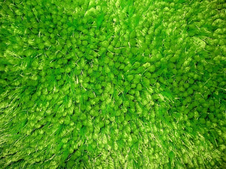 Tapis vert en polyester Raven