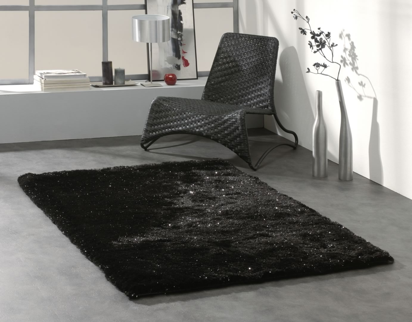tapis shaggy brillant noir dominus. Black Bedroom Furniture Sets. Home Design Ideas
