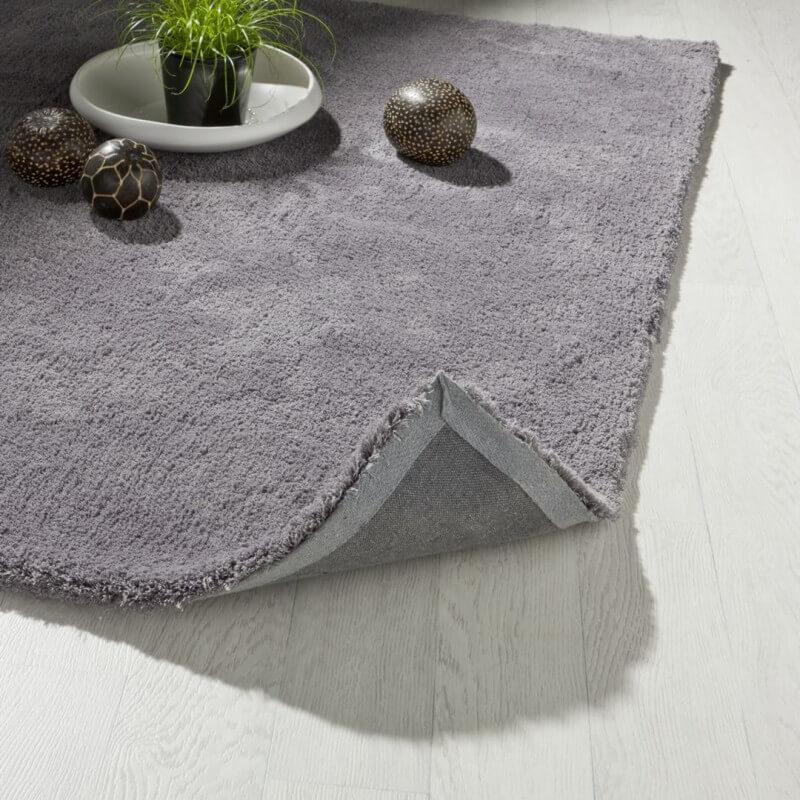 tapis en polyester uni gris cosy. Black Bedroom Furniture Sets. Home Design Ideas