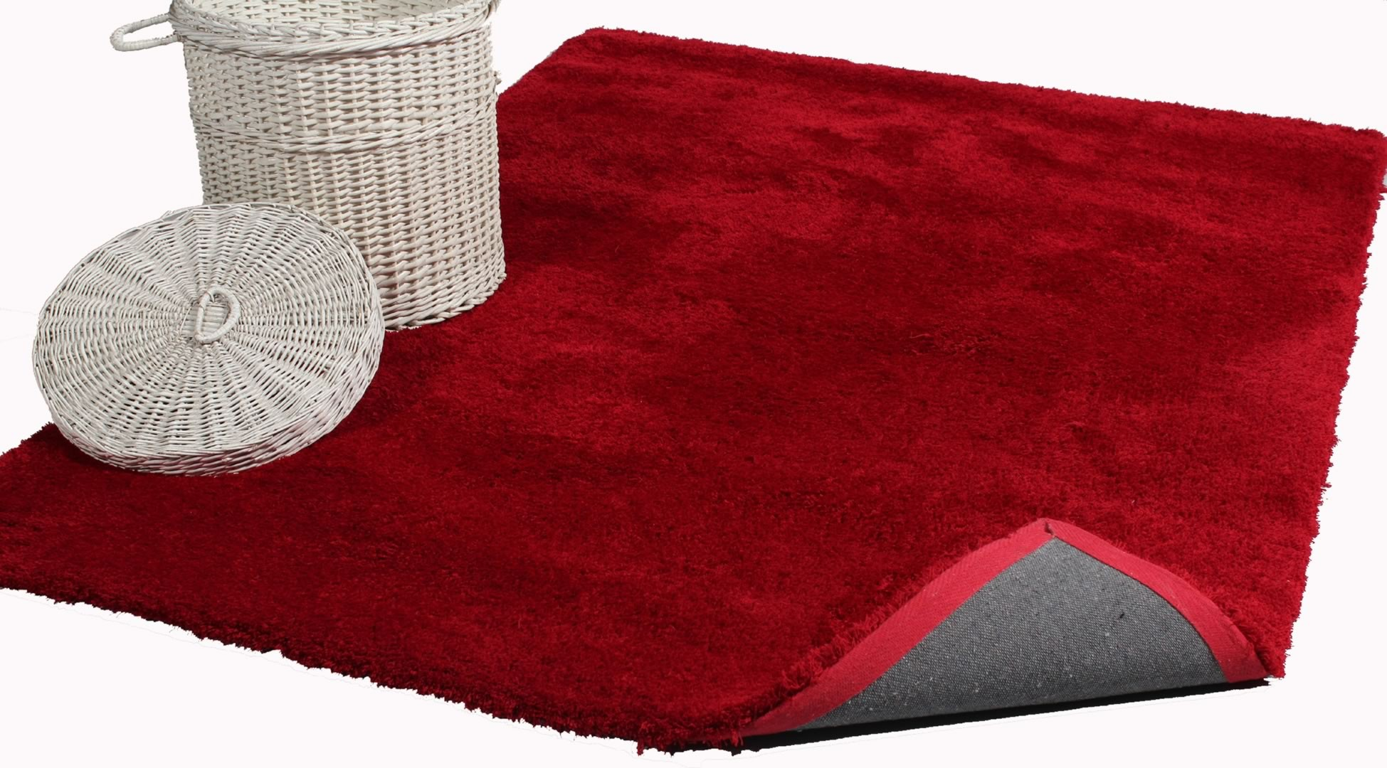 Tapis rouge shaggy Cosy