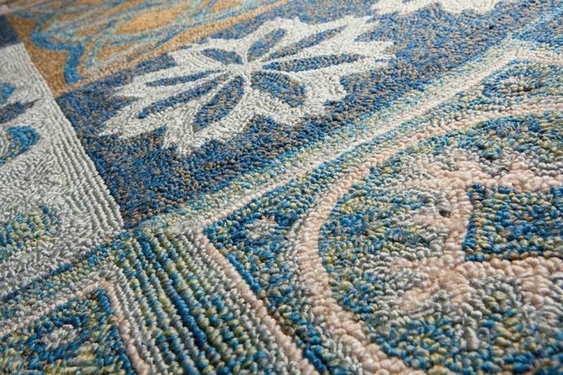 Tapis d'extérieur bleu à motifs Namada par Papilio