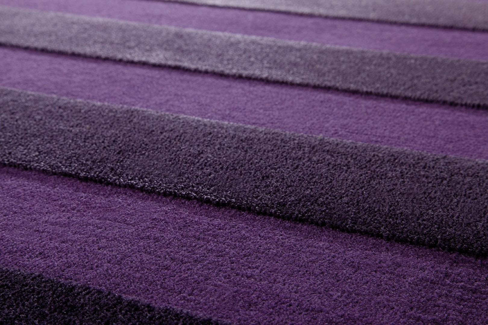tapis gris et violet stunning exemple de grand tapis veil. Black Bedroom Furniture Sets. Home Design Ideas