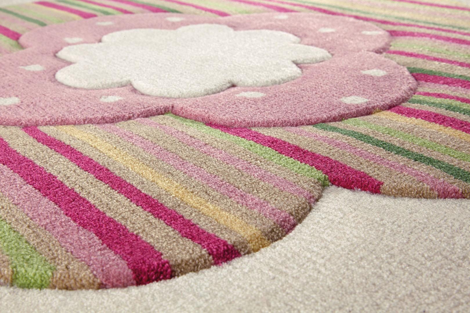 tapis chambre fille tapis pour chambre de fille blanc flower shapes par esprit home - Tapis De Chambre Fille