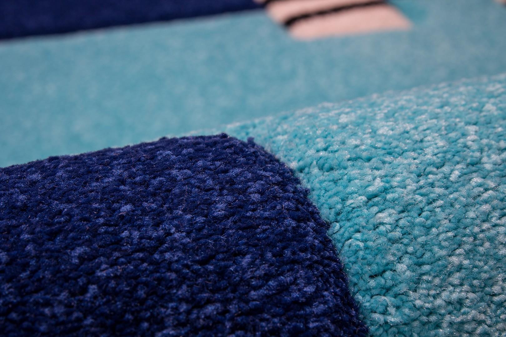 Tapis design rectangulaire bleu marine Dream