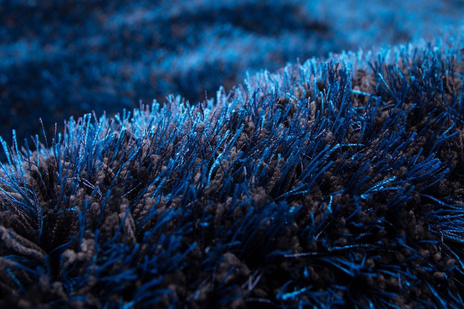Tapis à longues mèches brillant en polyester bleu Bahamas