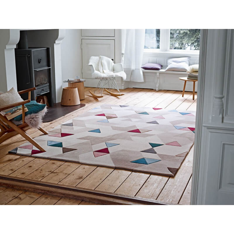 Tapis beige moderne pour salon imagination esprit home for Tapis decoratif pour salon
